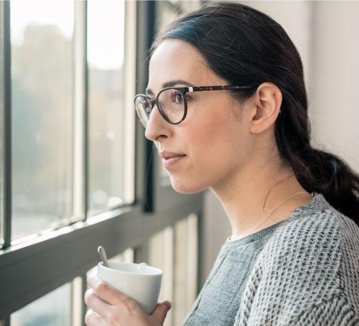 introvertie au travail se ressourçant